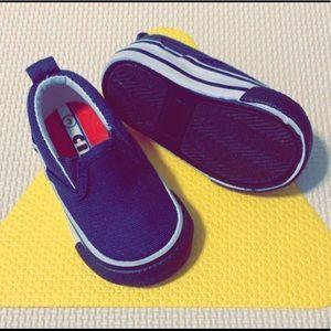 Infant slide on sneaker
